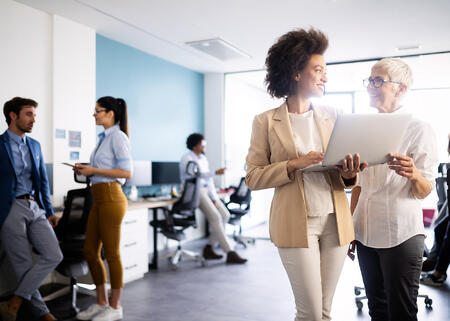 meeting-corporate-success-business-brainstorming