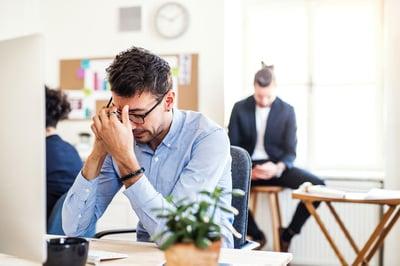 confianza en el trabajo frustrado
